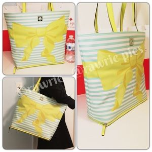 CLEARANCE New Kate Spade extra large striped tote
