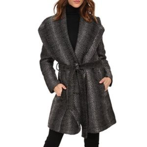 Grey Patterned coat