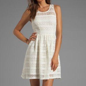 BB Dakota Dresses & Skirts - Ivory lace dress