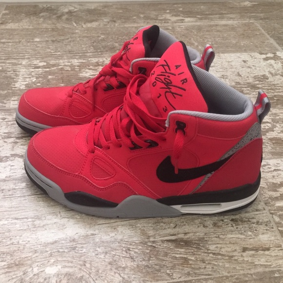 huge selection of 999f2 846bc NEW Red Nike Air Flight 2013 High Top Sneakers. M 563e1c8a8e1c61561900feef
