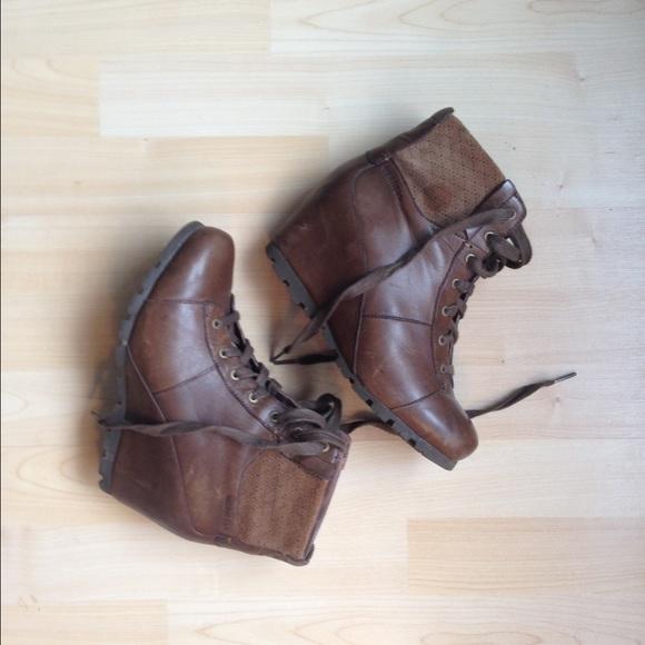 caf3d7be861 Merrell brown wedge booties 7.5. M 563e1e8e98182991d1000b62
