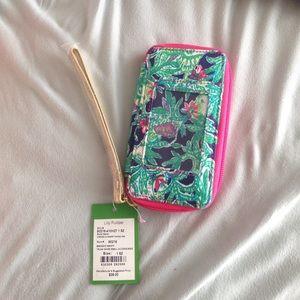 Lilly Pulitzer Handbags - Lily Pulitzer Wristlet