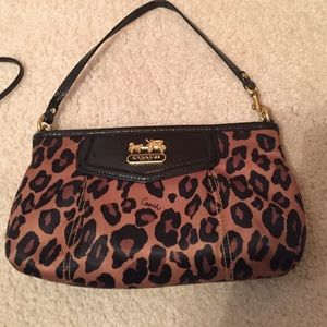 Coach Handbags - Coach purse and change into WRISTLET