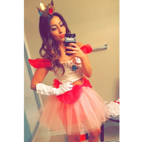 Princess peach Halloween costume  sc 1 st  Poshmark & Other | Princess Peach Halloween Costume | Poshmark