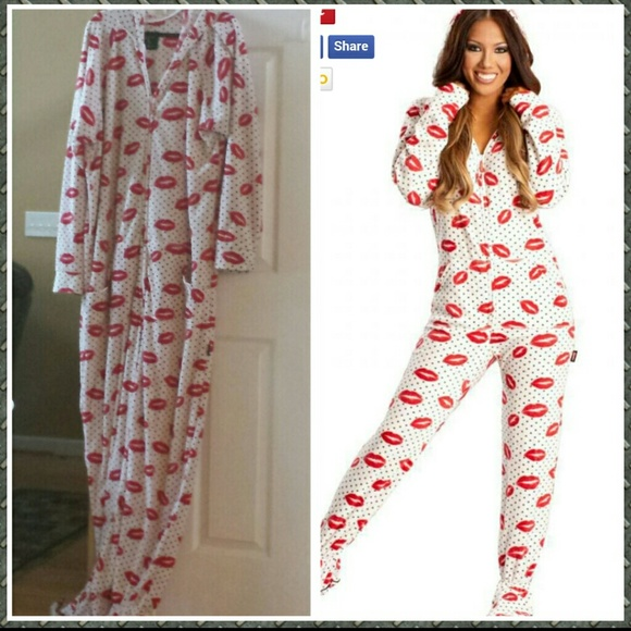 jumpinjammerz Other - Sexy Lips Adult Footed onesie Pajamas 833480e37