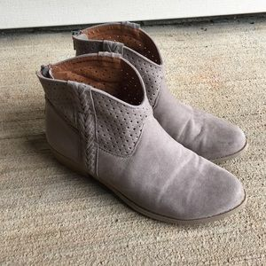 Shoes - Massimo Stone Booties!