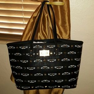 Betsey Johnson Handbags - NWT Betsey Johnson.  FINAL PRICE