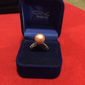 Jewelry - The classic pink simulated pearl and diamond Ring
