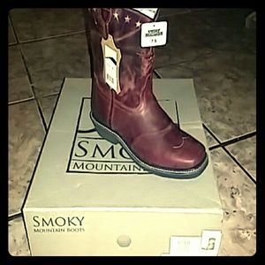 Red Smokey Mountain cowgirl boots