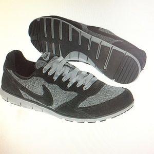 53c66105bba4 Nike Shoes - ISO Nike Eclipse herringbone sneakers