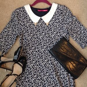 Dresses & Skirts - Blue and white 3/4 sleeve thick stretchy dress