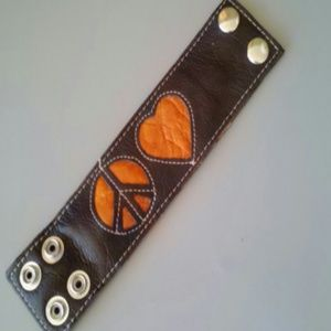 Jewelry - Leather peace & love bracelet