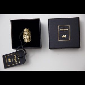 BALMAIN X H&M GOLD EMBOSSED RING LIMITED EDITION