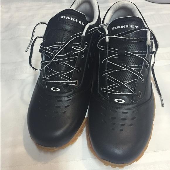 70e0393288fa New Oakley shoes size 9. M 563f8410d3a2a773bd019ccf