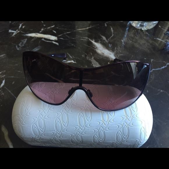 7f142746903 New Oakley Breathless Women Sunglasses with case. M 563f92a68e1c6183ae01a2f7