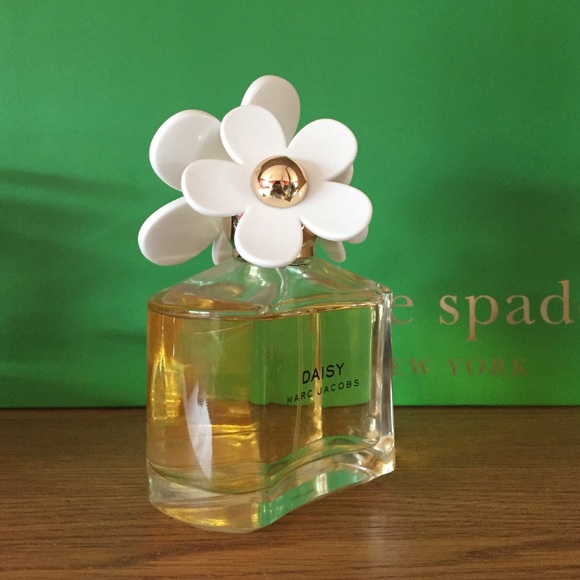 Marc Jacobs Other - Marc Jacobs 'Daisy' perfume