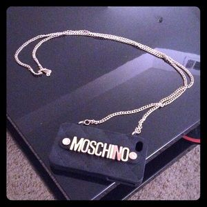 Iphone 4/4s Moschino purse phone case with chain