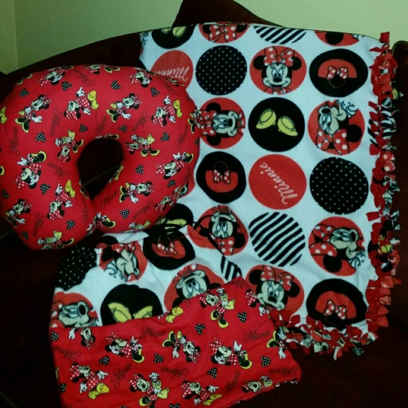 Other Minnie Mouse Blanket In A Bag With Boppy Pillow Poshmark Delectable Minnie Mouse Boppy Pillow Cover