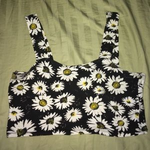 Tops - Flower crop top🌼