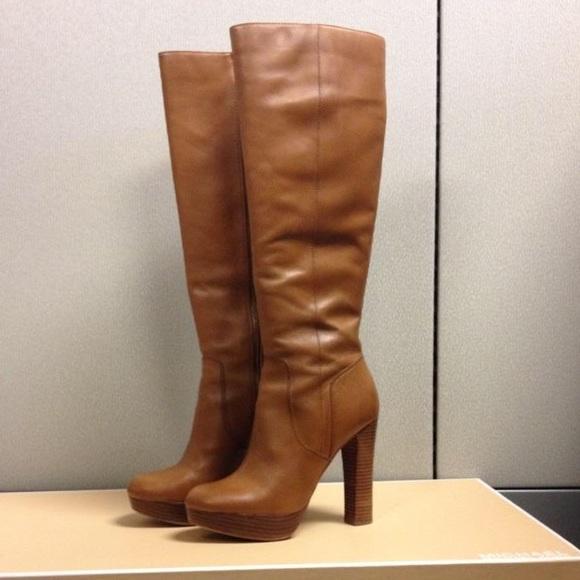 Michael Kors Shoes   Michael Kors Lesly