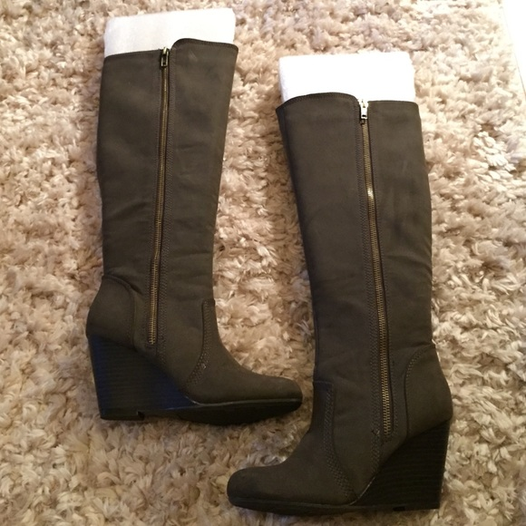36 fergie shoes fergie wedge boot ornate brown