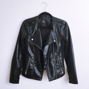 🚫SOLD LOCALLY Vegan Leather Moto Jacket