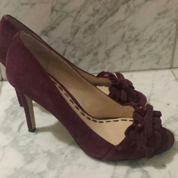 e7d6c431dd4cd5 Enzo Angiolini Shoes - Elegant Enzo Burgundy Suede Peep toe Pumps