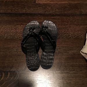 Rockport. Black flip flops