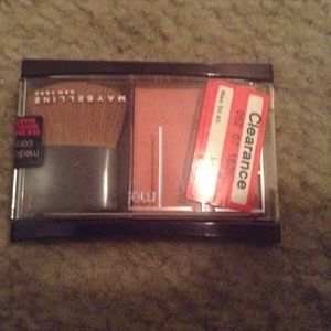 Other - Maybelline Fit Me Blush