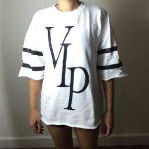 Forever 21 Tops - Forever 21 VIP Sweater Shirt