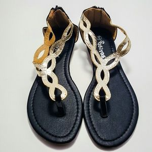 Ositos Shoes - Black and Gold Sandals