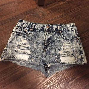 FOREVER 21, Size 28 denim shorts
