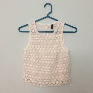 Flower lace crochet top