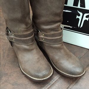 frye shoes men 90 2