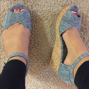 TOMS Chambray Wedge