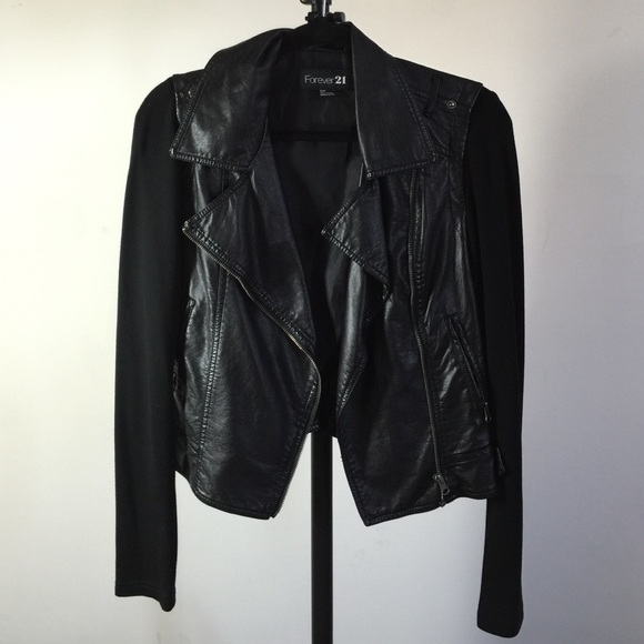 Forever 21 Jackets & Blazers - Forever 21 asymmetrical black leather jacket (PU)