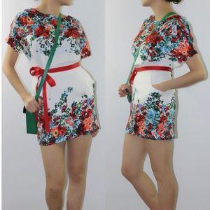 Dresses & Skirts - NEW Floral Sheath Mini Dress