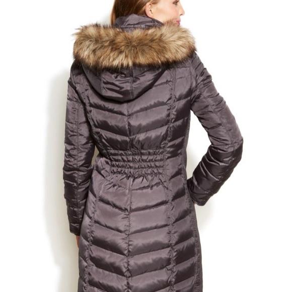 14 off michael kors jackets blazers michael kors winter puffer coat from alyssa 39 s closet on. Black Bedroom Furniture Sets. Home Design Ideas