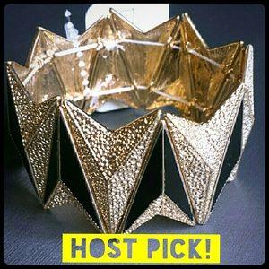Host Pick 2/16! Black & gold trendy bracelet