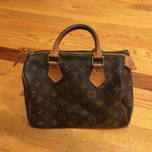Louis Vuitton Speedy handbag! 100% authentic