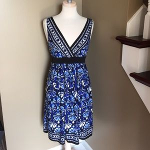 Connected Apparel Dresses & Skirts - Connected Apparel printed Dress!