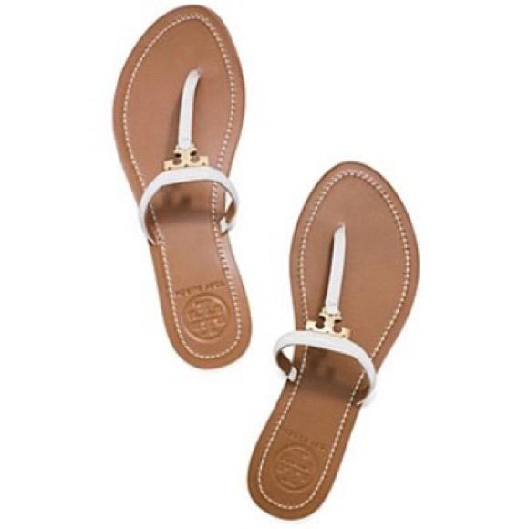 1fffaec3a1234e NEW Tory Burch White T Strap Flats Sandals. M 56426905a722650ea602fb77