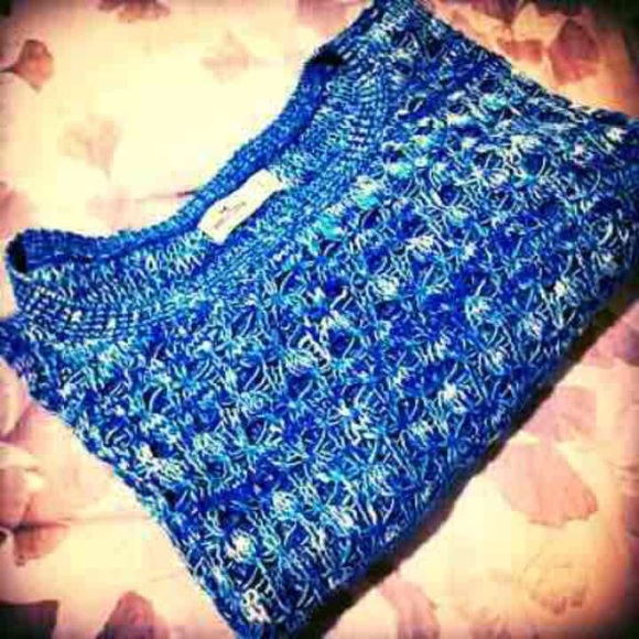 Hollister Sweaters - Gorgeous Soft Blue Hollister Sweater NWOT