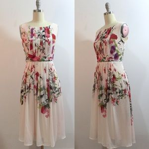 Dresses & Skirts - NEW Floral Pleated Spring Cocktail Dress