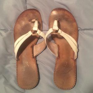 White Lilly Pilitzer McKim sandal