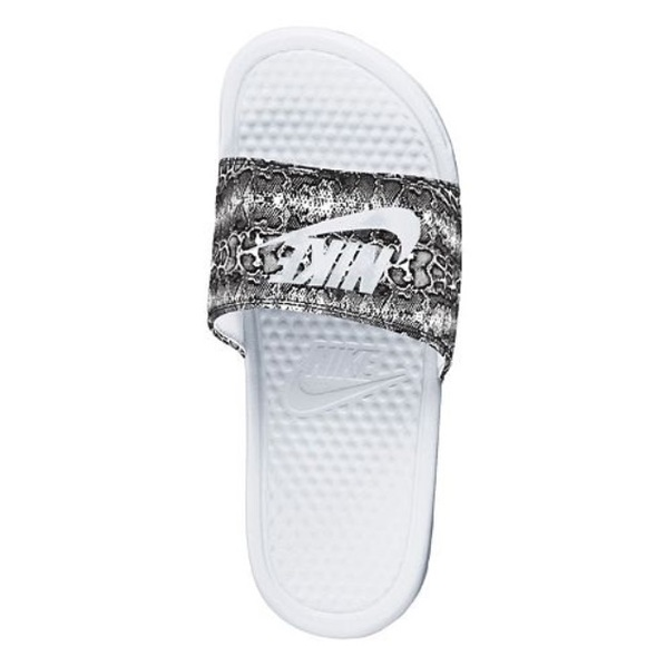 a0010af03 Women s Nike Slides - New. M 564290972fd0b772440046ba. Other Shoes you may  like. Nike Womens ACG Sandals Size 7