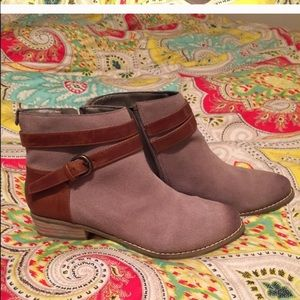 Dolce Vita booties- size 6