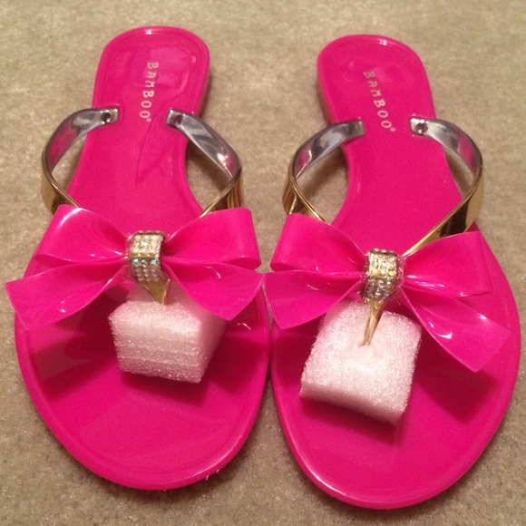 be1b19ce378437 Bamboo Pink Bling Flip Flops👙👙👙