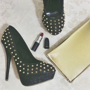 Black & Gold Studded Posh Heels ♛