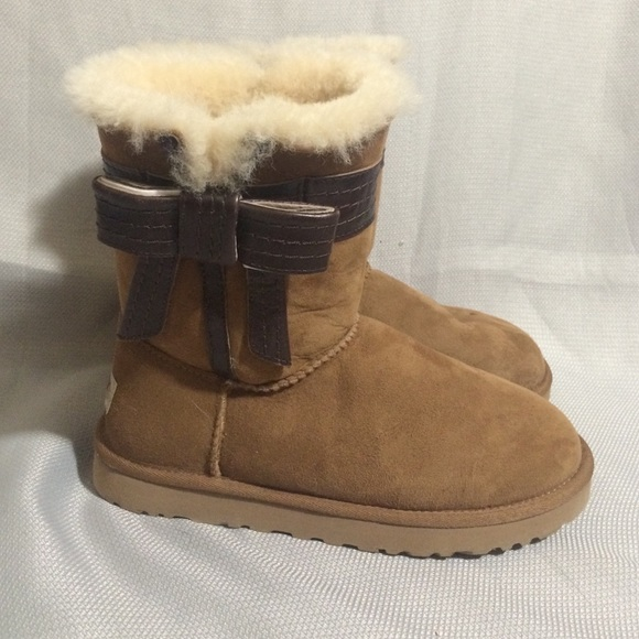 uggs brown bows